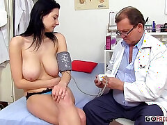 doctor-vibrator