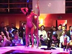 extreme-striptease