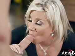 aged-babe-blonde-blowjob