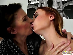 anal licking-ass-granny-hairy