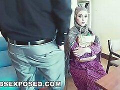 arab-blowjob-muslim-pretty