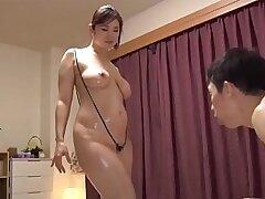 bald pussy-big tits-japaneese-mom