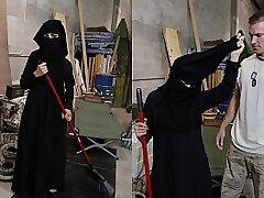 american-arab-booty-horny