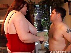 bbw-boobs-breasts-busty girls