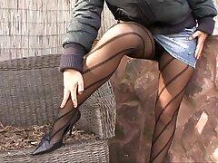 brunette-lingerie-pantyhose-peeing